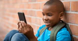 Should I Read My Child's Text Messages? – Parenting Dilemma Discussed