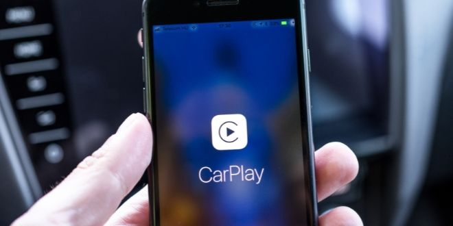 how to connect an iphone to a car  iphone carplay